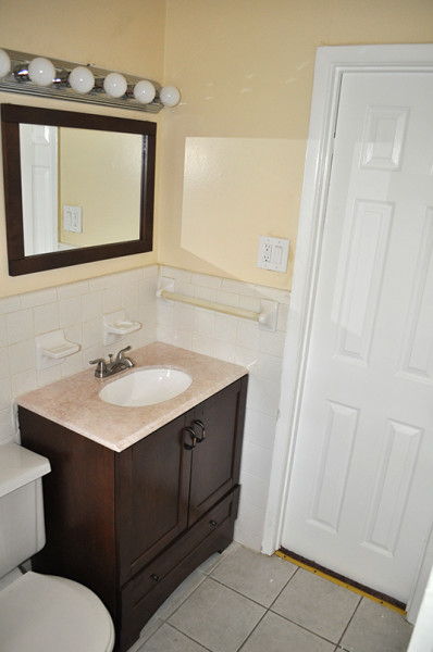 Bathroom photos in a rental listing